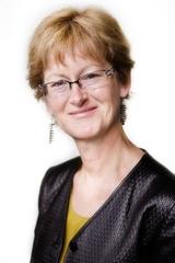Rowena Lusty Portrait Image
